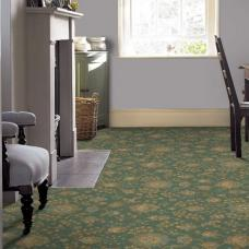 Renaissance Patterned Wool Carpet - Green Palmette