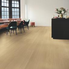 Signature Varnished Oak - Beige