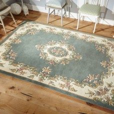 Royal Traditional Rug - Green