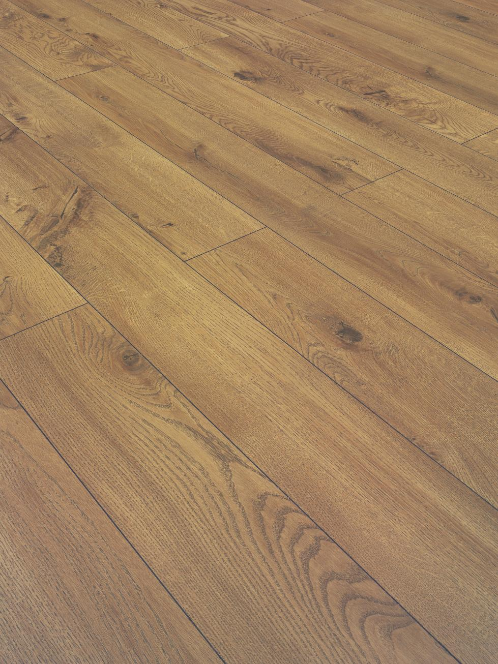 Laminate 8mm Hardwearing Flooring Oak Belfast Bangor Ards