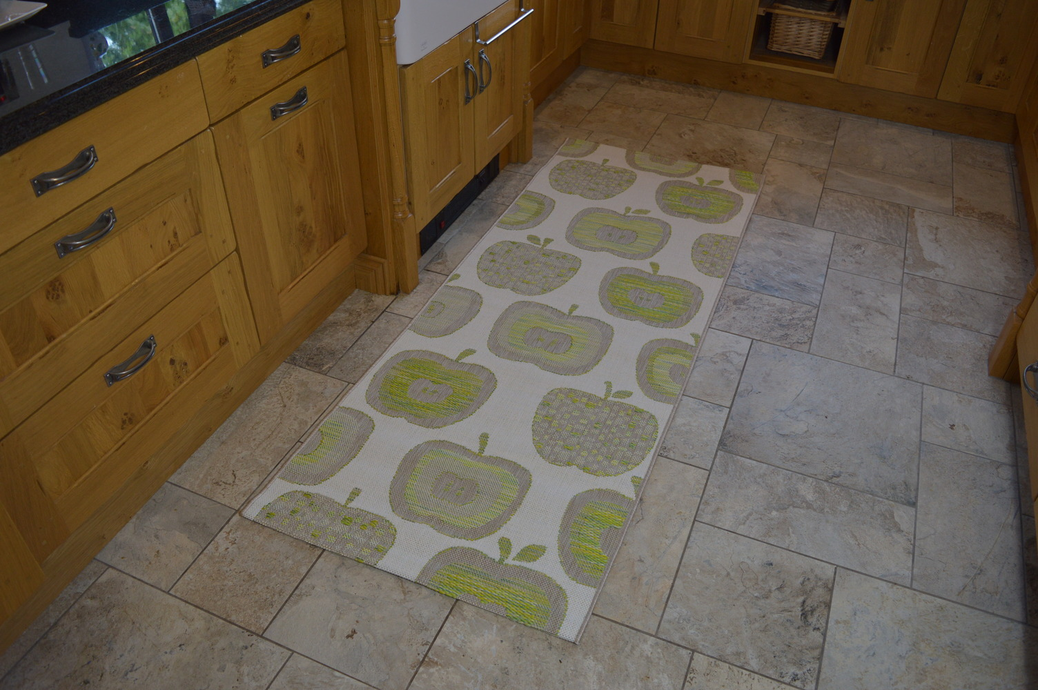 modern kitchen rugs - green apples mat - martin phillips carpets